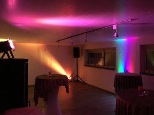 Lichtanlage mieten und Musikanlage mieten für einen Geburtstag, Veranstaltungstechnik mieten